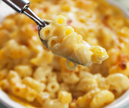 Featured image showing the finished Mac and cheese recipes.